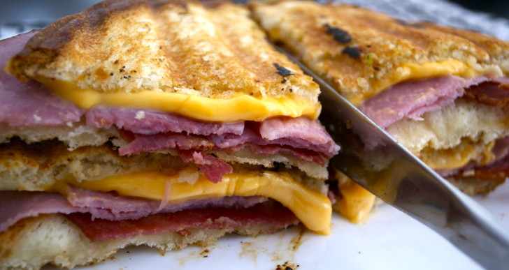6 Amazingly Simple Meals You Can Make With Just a Panini Press