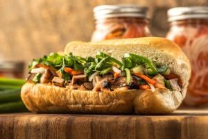 You Have to Try Viet Nom Nom's Fresh Vietnamese Cuisine