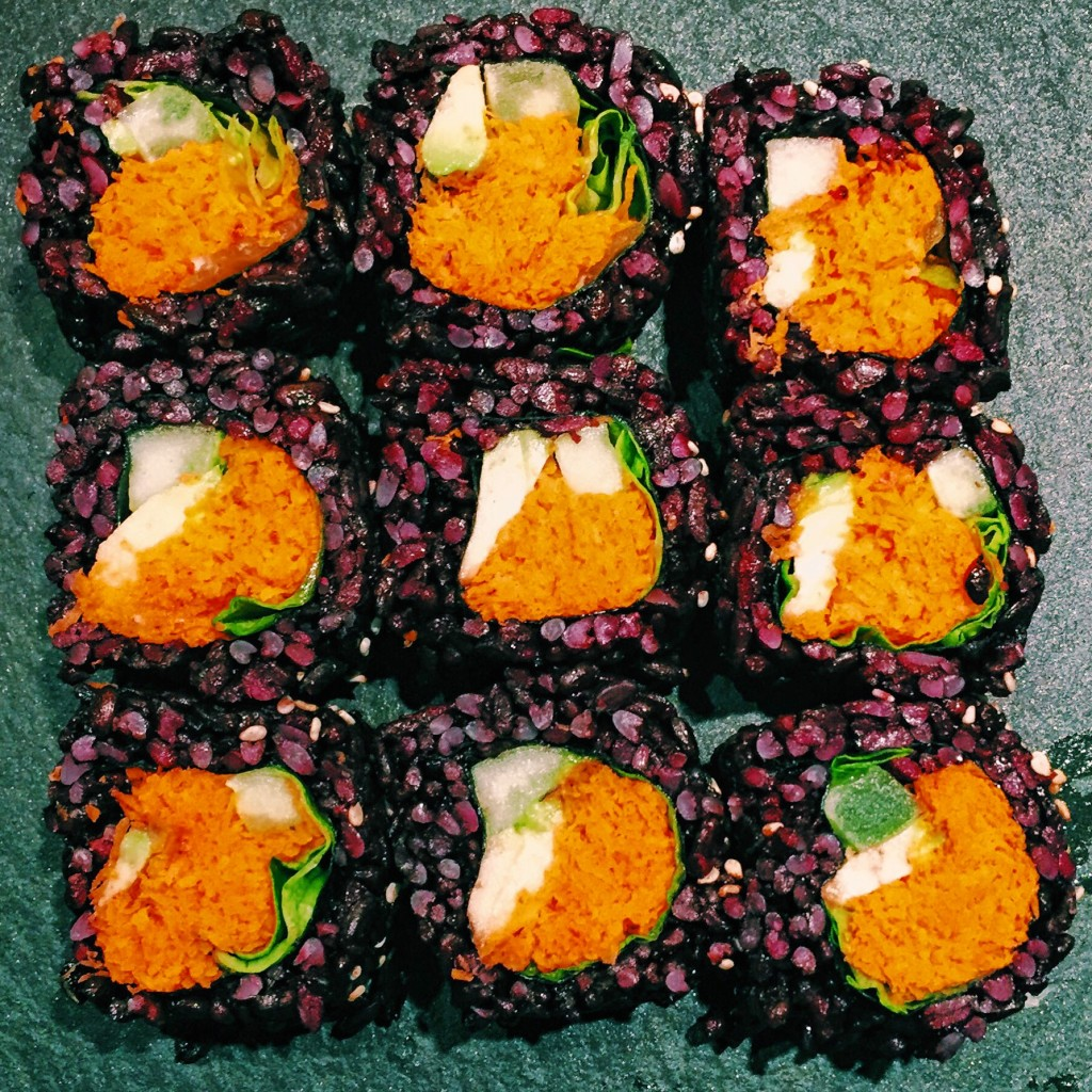 make your sushi I had been wanting to make sushi for the kids lunches for quite a while i had all the ingredients sitting in the cupboard, but just wanted to find time when i could make them with the kids, especially our 6 year old who adores sushi.