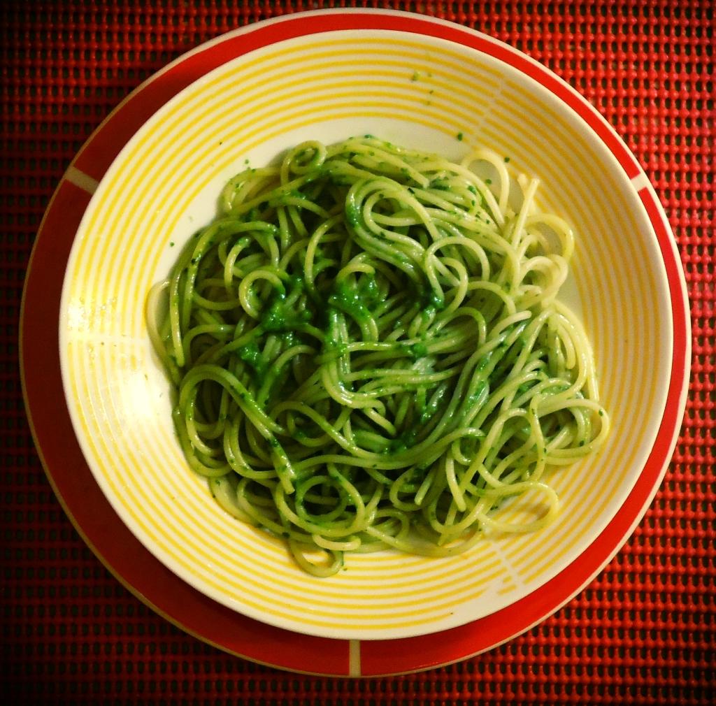 pesto salmon spaghetti