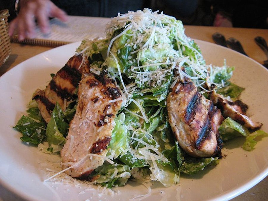California Pizza Kitchen Moroccan Chicken Salad Calories