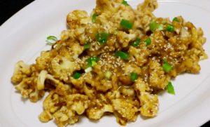 """Vegetarian """"Orange Chicken"""" Cauliflower Will End Your Chinese Takeout Habit"""
