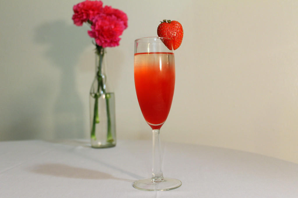bellini strawberry drink
