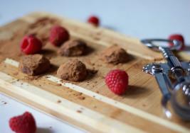 How to Make Boozy Raspberry Chocolate Truffles for Your Valentine