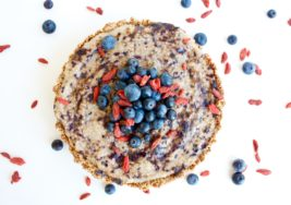 How to Make Blueberry Chia Seed Pudding Pie