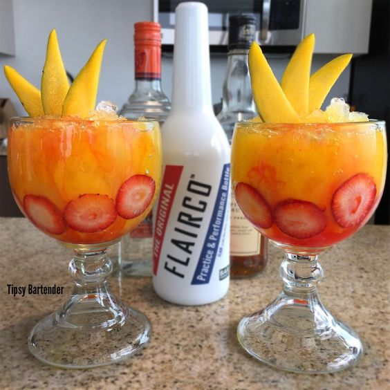 10 Island Drinks To Make Your Summer More Tropical
