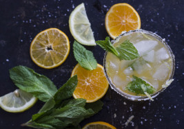 Use Up Your Leftover Clementines With This Minty Citrus Cocktail