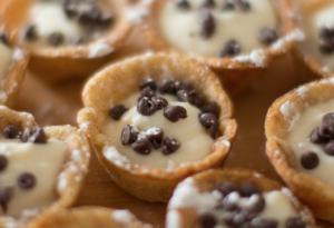 These Mini Cannoli Cups Will Transport You to Italy