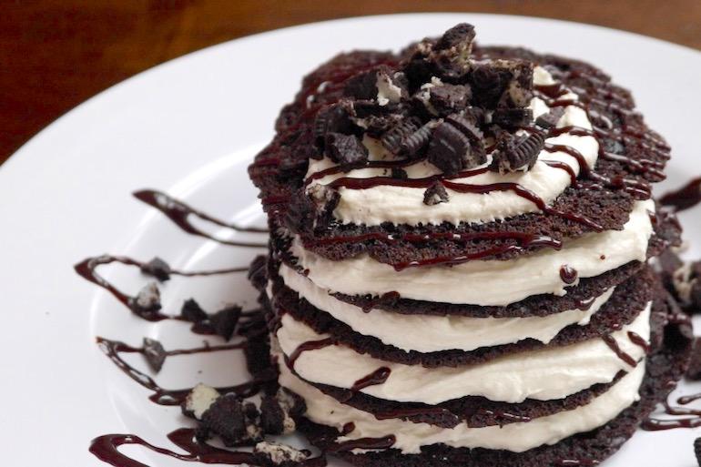 These Bomb Oreo Pancakes Let You Eat Dessert for Breakfast