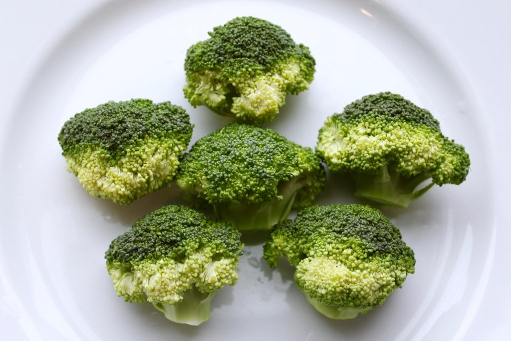 6 Pieces of Broccoli