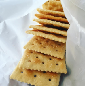 10 Things You Didn't Know You Could Do With Saltines