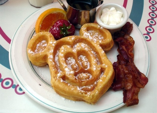 9 Mickey Mouse Shaped Foods That Taste Like Your Childhood