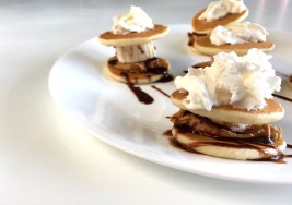These Mini Peanut Butter and Banana Pancake Sandwiches Let You Eat Dessert for Breakfast