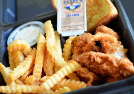 10 Reasons Why Zaxby's is Better Than Chick-Fil-A