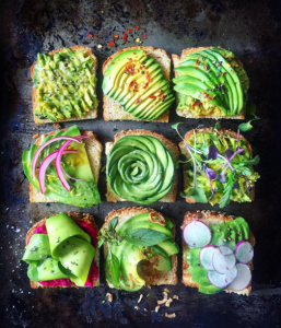 13 Instagram Accounts That Will Motivate You to Eat Healthier