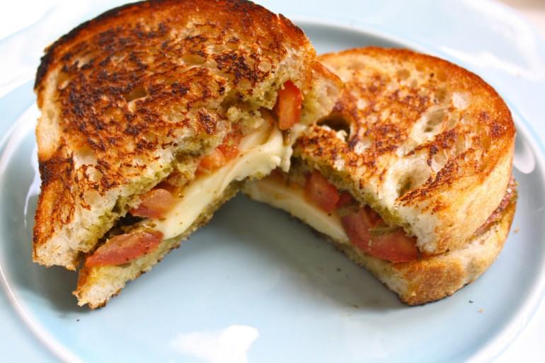 Grilled Caprese Sandwich Recipe