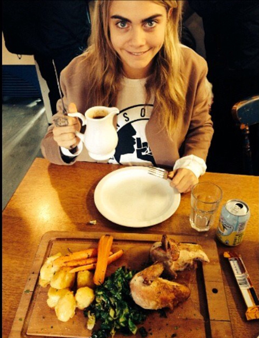 How to Eat Like Cara Delevingne
