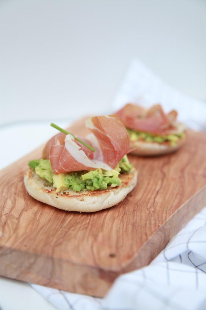 Avocado English Muffin With Roasted Garlic and Prosciutto