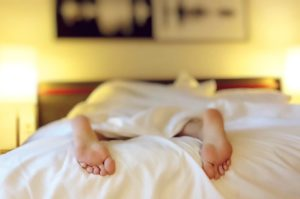 This Is Why You Jerk Awake Right as You're Falling Asleep