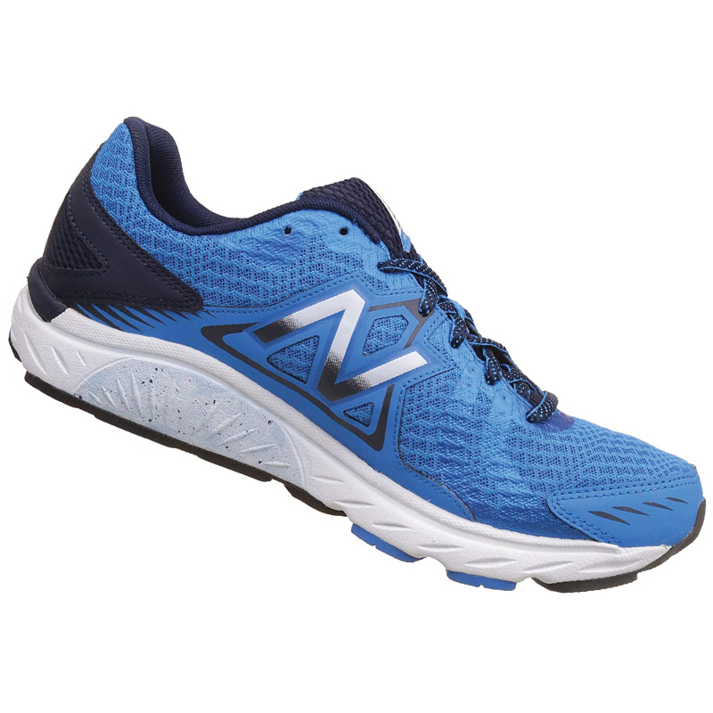 5993c16c2917 New Balance 670 v5 Running Shoes