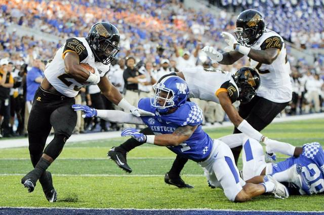 Week 1 NCAAF Returning Production Mismatches:  Offensive Advantages article feature image