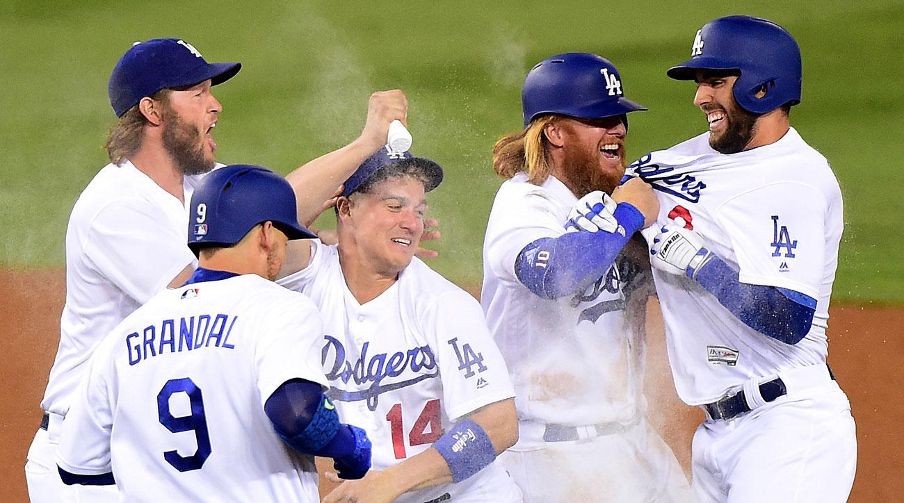Cash or Crash – 2017 MLB Season Win Totals article feature image