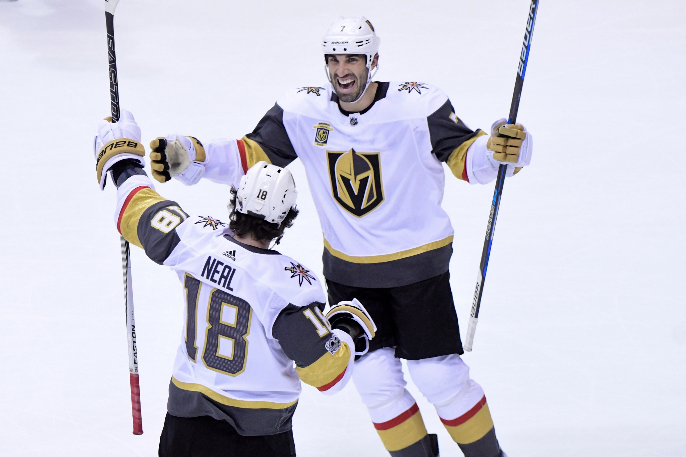 NHL: Hockey heads to the valley article feature image