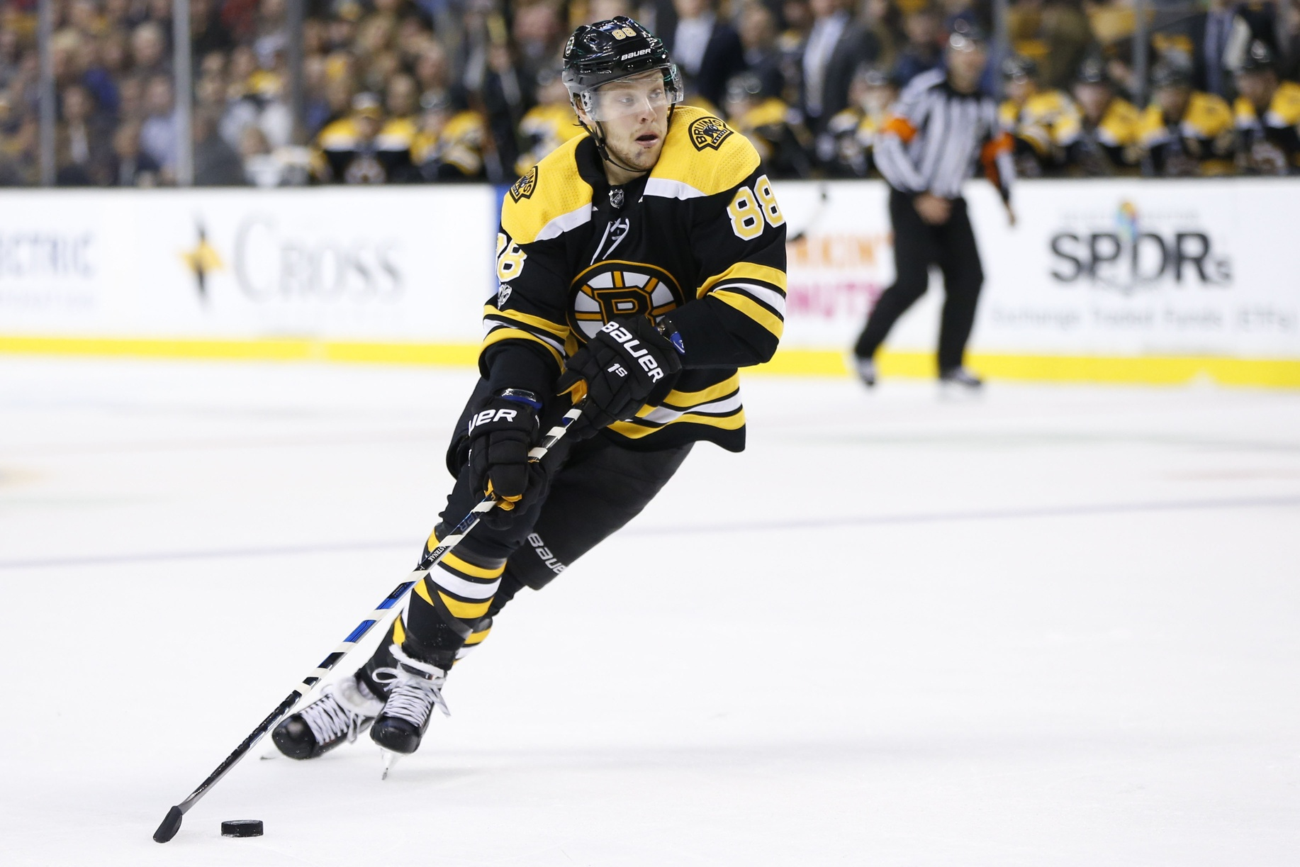NHL daily picks: Backing the banged up B's article feature image