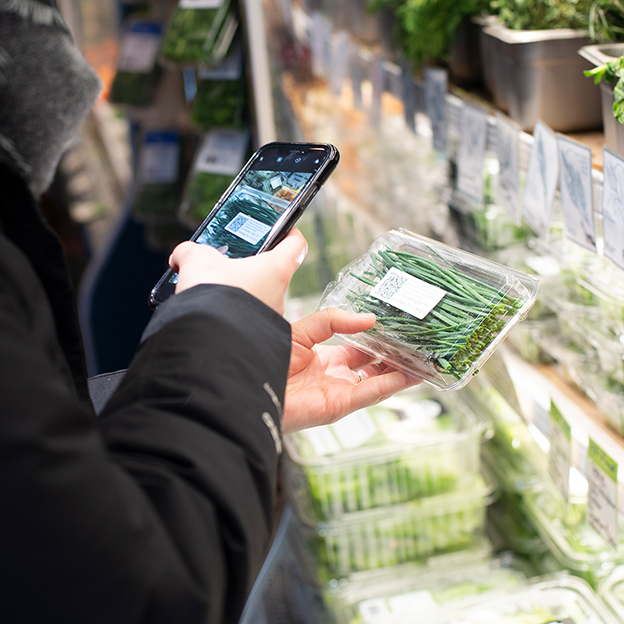 On all Square Roots food packaging, consumers can now see the complete story of where and how their food was grown, and who grew it, with a simple scan.