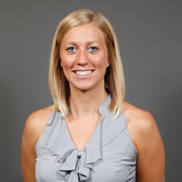 Nikki Van Cleave