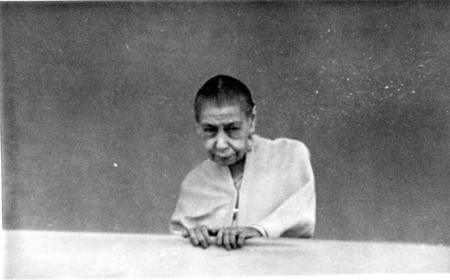 The Mother of Sri Aurobindo Ashram during Balcony Darshan