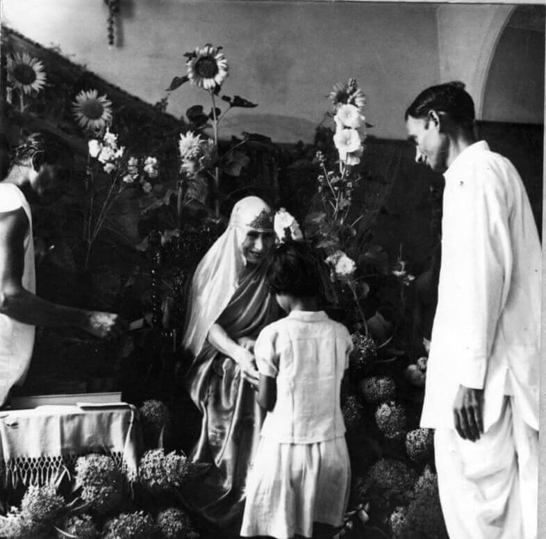 श्रीअरविंद आश्रम की श्री माँ दुर्गा पुजा के दौरान