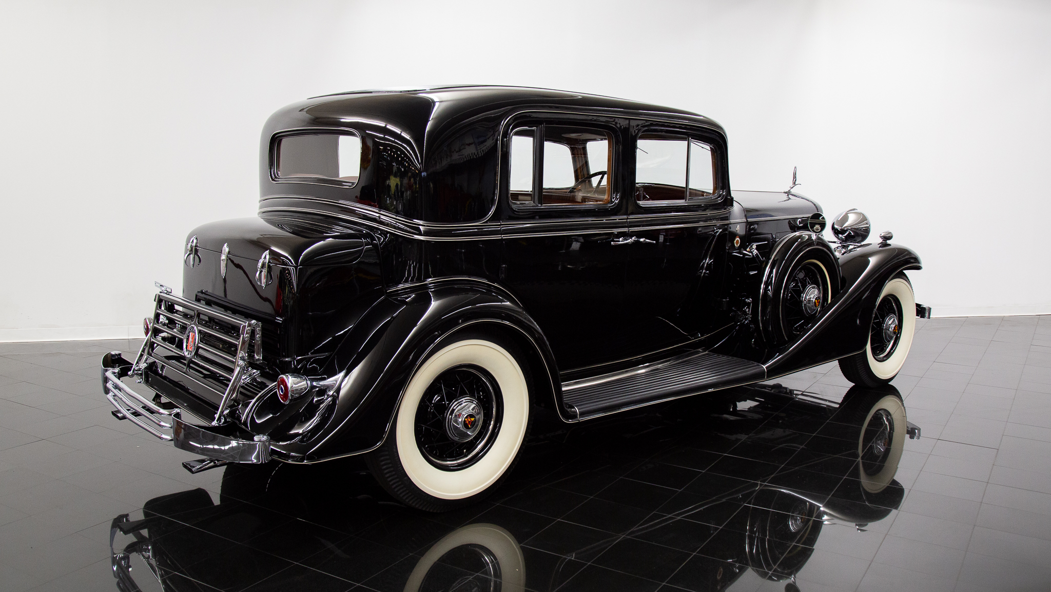 1933 Cadillac V12 370C Town Sedan for sale