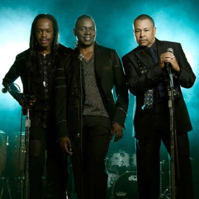 Earth, Wind and Fire live