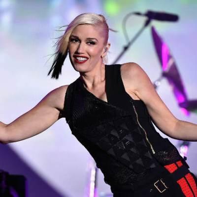 Gwen Stefani live