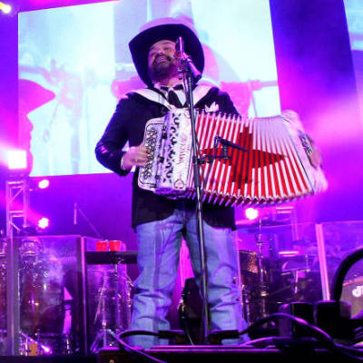 Intocable live