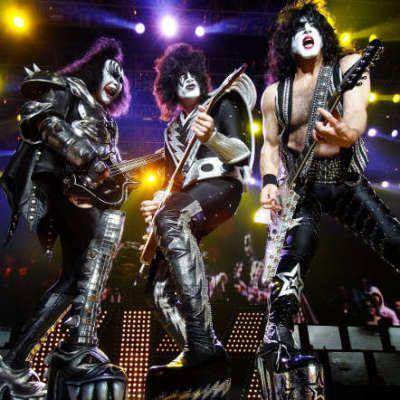 Kiss live
