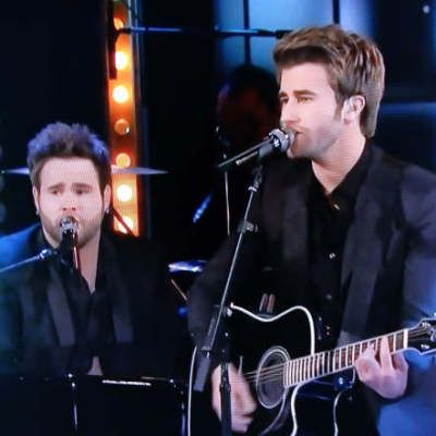 The Swon Brothers live