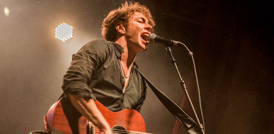 Barns Courtney tour dates