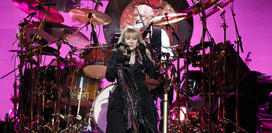 Fleetwood Mac tour dates