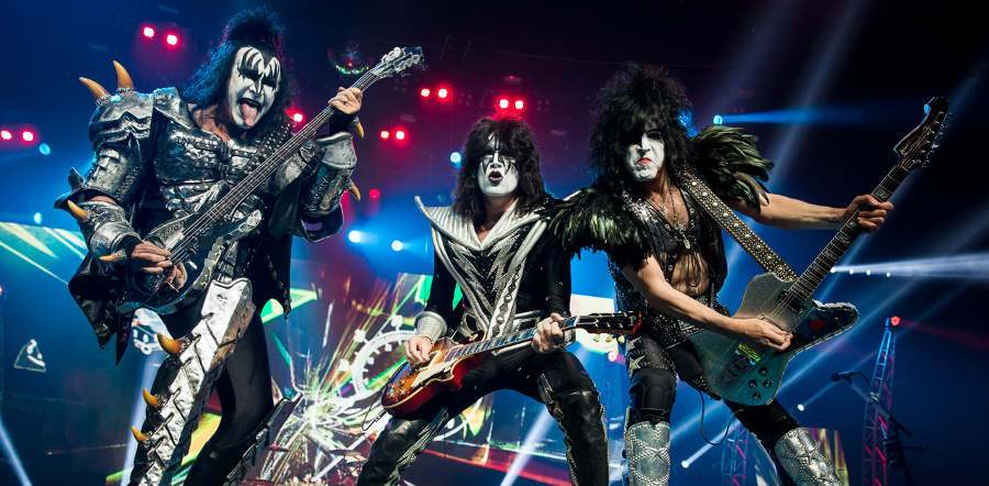 Kiss tour dates