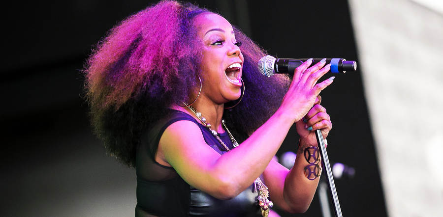 Leela James tour dates