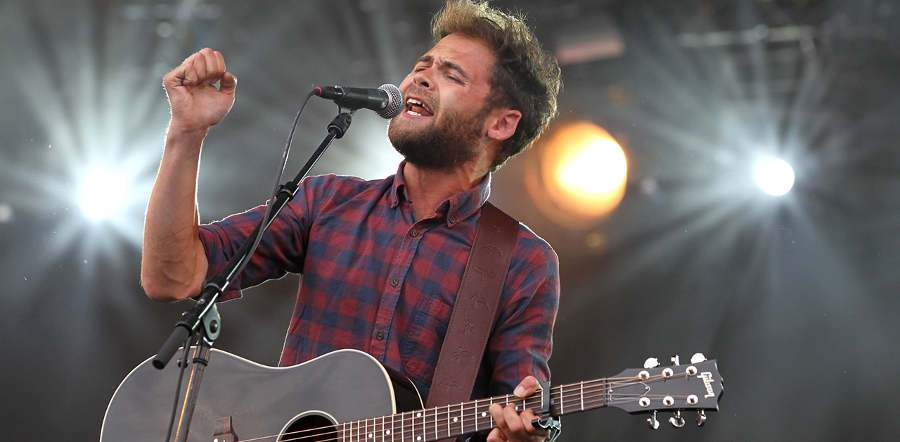 Passenger tour dates