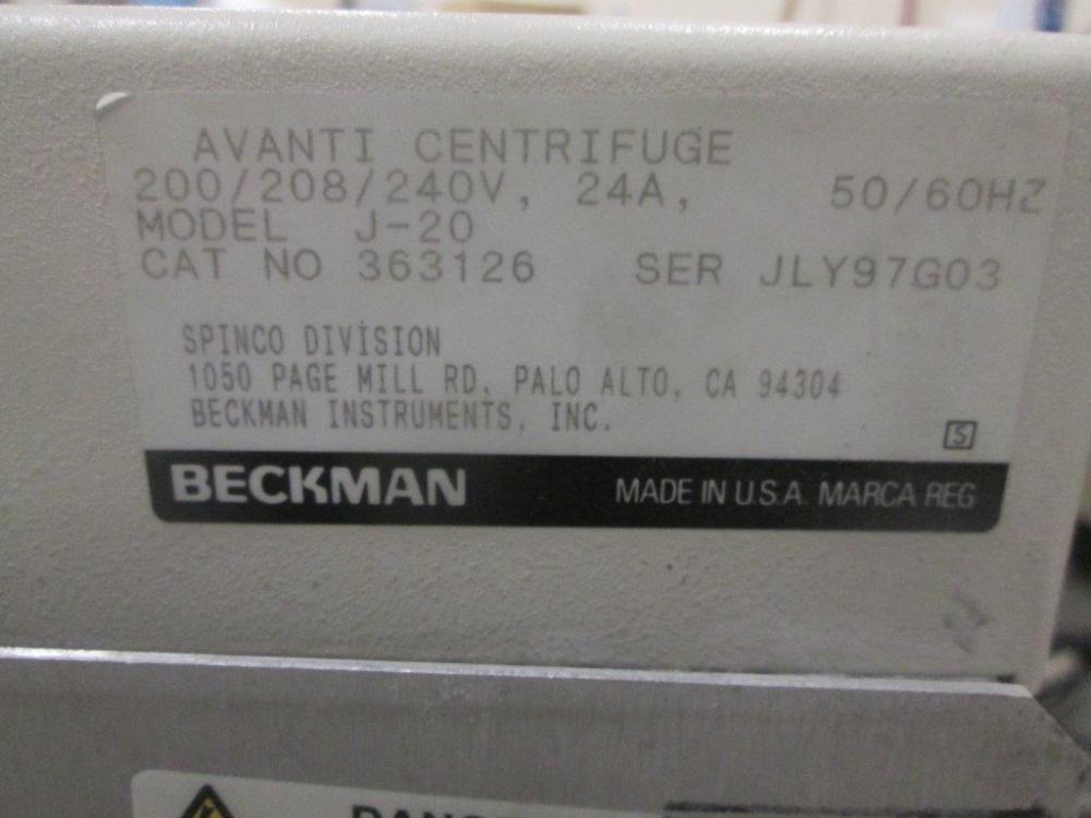 Beckman Avanti J-20 Centrifuge
