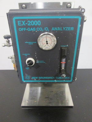 New Brunswick EX-2000 Off-Gas CO2/O2 Analyzer