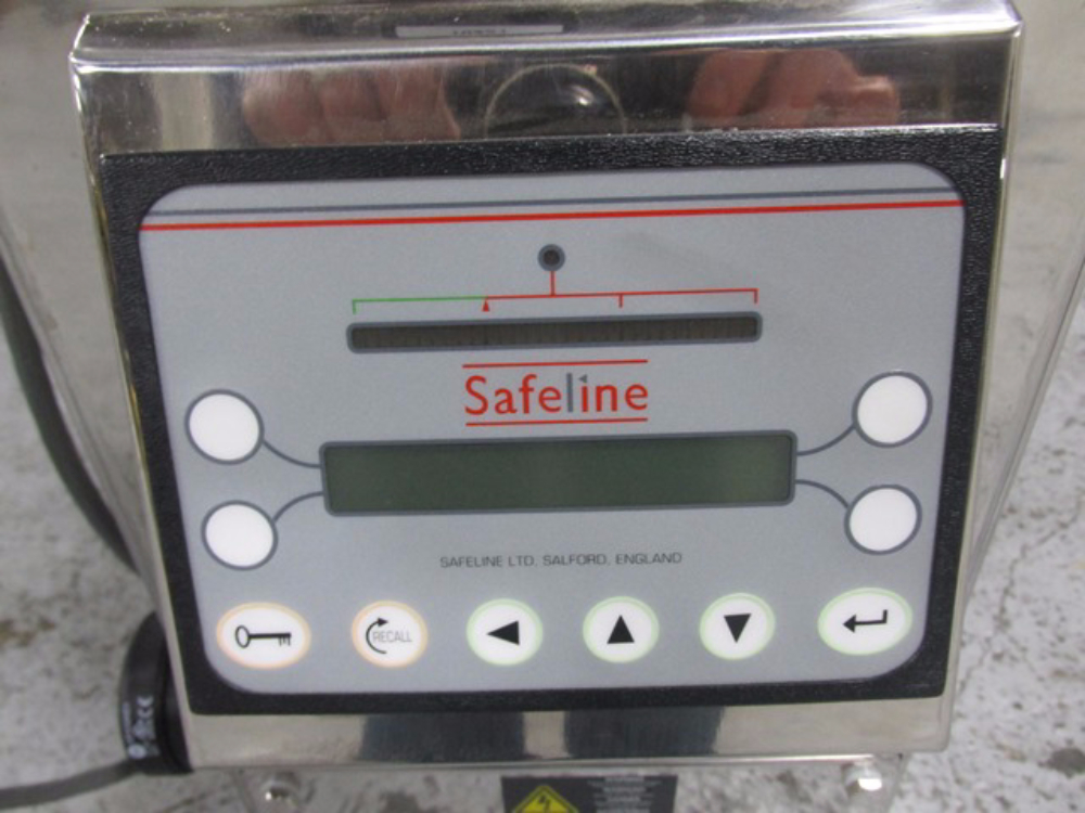 Safeline Flow Thru Metal Detector