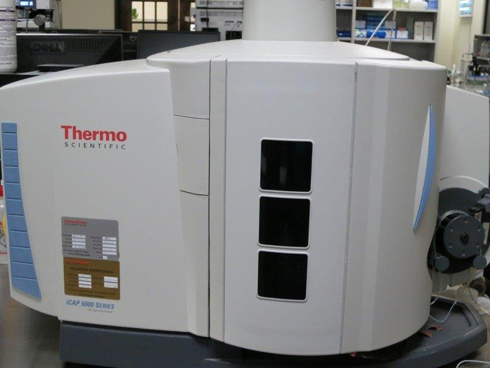 Thermo iCAP 6000 Series with AutoSampler