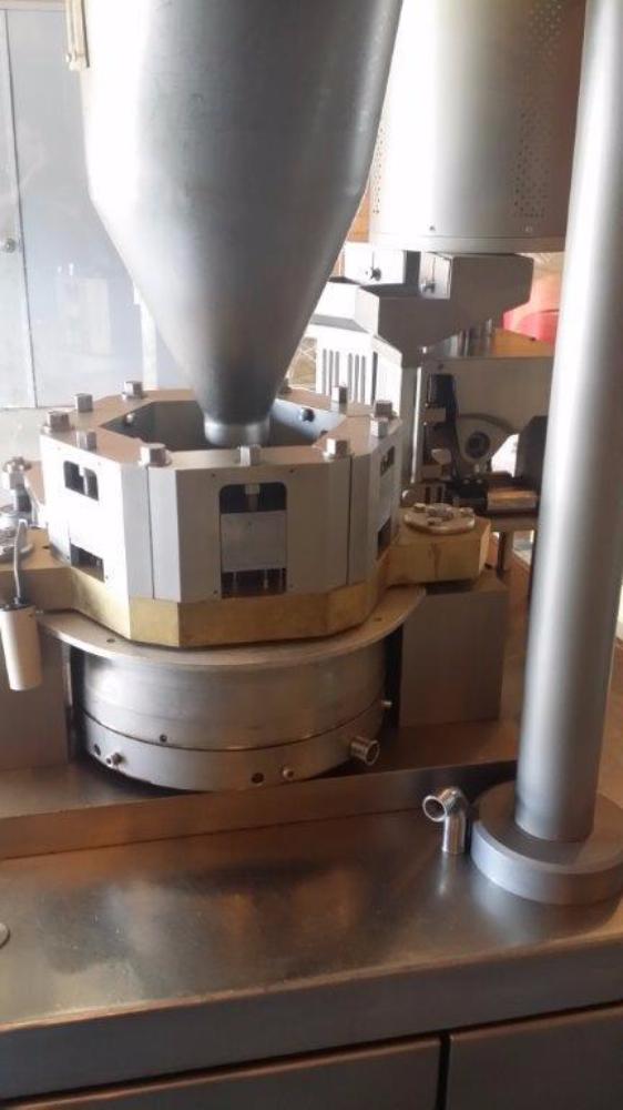Tradimex ZJT-1500 Capsule Filler