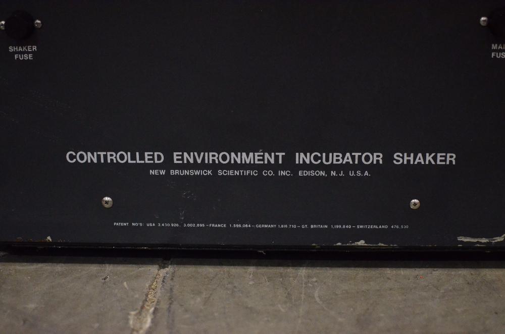 New Brunswick G25 Incubator Shaker
