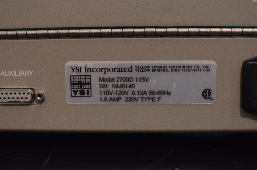 YSI 2700D Select Biochemistry Analyzer